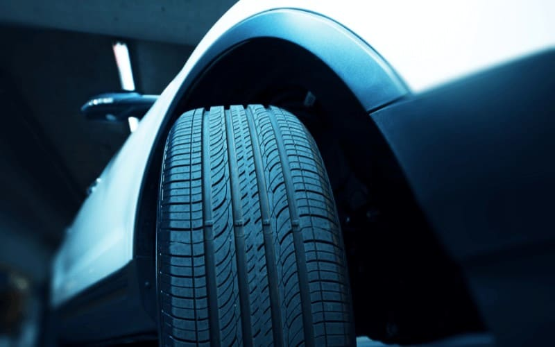 why car tires makes a humming noise