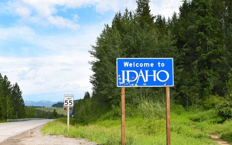 Can I Sleep In My Car In Idaho